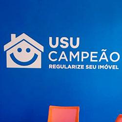 Aplicação de adesivo em recorte para empresa - São Paulo