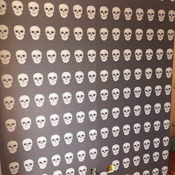 Adesivo decorativo de parede estampa Alexandre Herchcovitch