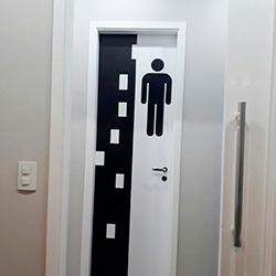 Adesivo decorativo porta de banheiro