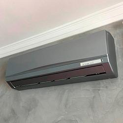 Envelopamento de ar condicionado com Jateado Silver - Itaim Bibi - São Paulo SP