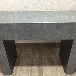 Envelopamento de aparador com Cimento Queimado em Alphaville - Barueri