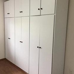 Envelopamento de armário com cor - Branco