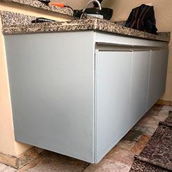 Envelopamento de armário com Cinza Bismuto - Moema  - SP