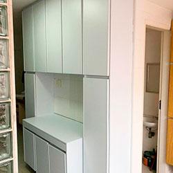 Envelopamento de armário de cozinha com Branco Fosco - São Paulo
