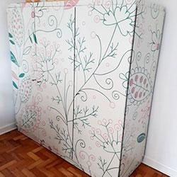 Envelopamento de armário com imagem