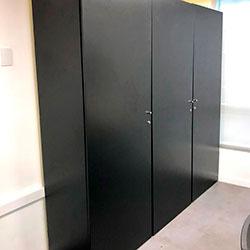 Envelopamento de armário de escritório com preto fosco - São Paulo