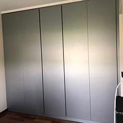 Envelopamento de guarda-roupas com Satin Silver Metalic - Alltak - Pinheiros - SP