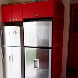 Envelopamento de armário com cor Vermelho Jateado