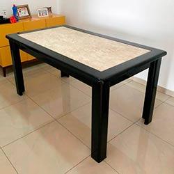 Envelopamento de mesa com preto brilho - Vila São Francisco - SP