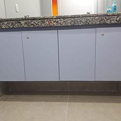 Envelopamento de gabinete de banheiro - São Paulo