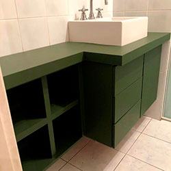 Envelopamento de gabinete de banheiro - Verde Military Green - Perdizes - SP