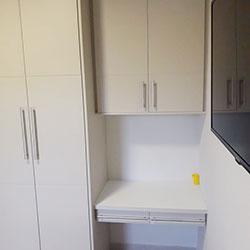 Envelopamento de armário com Branco Fosco - Chácara Santo Antônio - SP