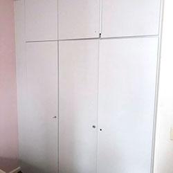 Envelopamento de guarda-roupas com Branco Fosco - Pinheiros - SP