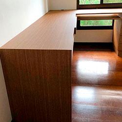 Envelopamento de mesa escritório com adesivo Imprimax Madeira - Vila Suzana - São Paulo