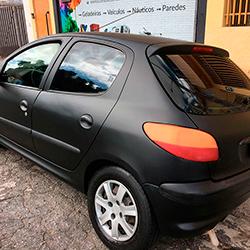 Envelopamento de carro Preto Fosco em SP