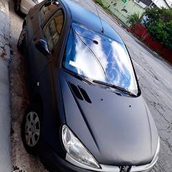 Envelopamento de Peugeot com Preto Fosco em São Paulo