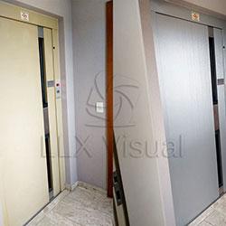Envelopamento de Porta de Elevador com Aço Escovado - São Paulo