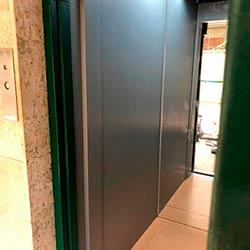 Envelopamento de Elevador com Aço Escovado - Moema - São Paulo