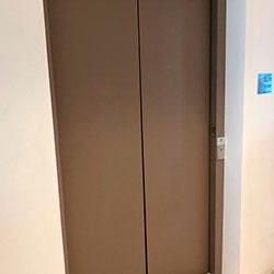 Envelopamento de Elevador com Bege Taupe - Centro - Osasco