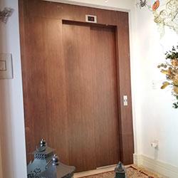 Envelopamento de Porta de Elevador com Salamanca - Alltak - Interlagos - São Paulo