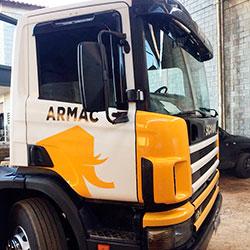 Envelopamento Caminhão Armac