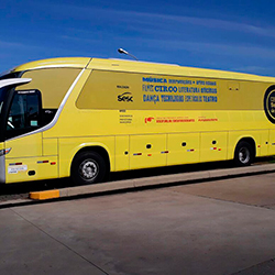 Envelopamento de Ônibus - Circuito Sesc de Artes