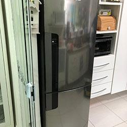 Envelopamento de geladeira - Adesivo Transparente