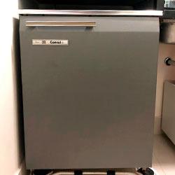 Envelopamento de frigobar com Brushed Graphite - Vila Matilde - São Paulo