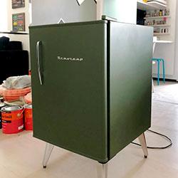 Envelopamento de frigobar com Verde - Military Green - Alphaville - São Paulo