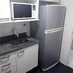 Envelopamento de geladeira com Aço Escovado
