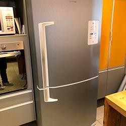 Envelopamento de geladeira com Aço Escovado - Alphaville