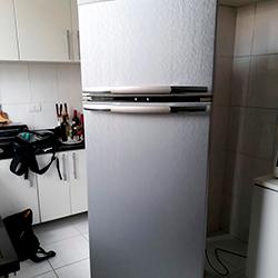 Envelopamento de geladeira com Aço Escovado em SP