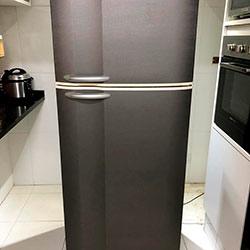 Envelopamento de geladeira com Aço Escovado Brushed Graphite - Jd. das Vertentes - São Paulo