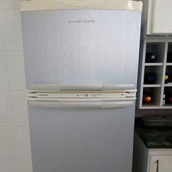 Envelopamento de geladeira aço escovado em SP
