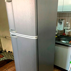 Envelopamento de geladeira com Aço Escovado - Tutuapé - SP