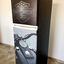 Envelopamento de geladeira com impressão - Harley Davidson