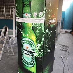Envelopamento de Geladeira da Heineken