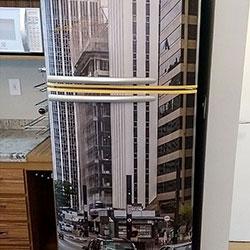 Envelopamento de geladeira com Av. Paulista