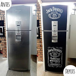 Envelopamento geladeira com Jack Daniels em recorte e Preto Fosco - Antes e Depois