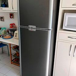 Envelopamento de geladeira com Jateado Charcoal - Umuarama - Osasco