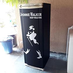 Envelopamento de geladeira com Jhonnie Wlaker