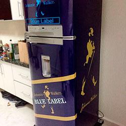 Envelopamento de geladeira com Blue Label
