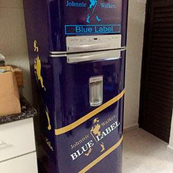 Envelopamento de geladeira de Blue Label