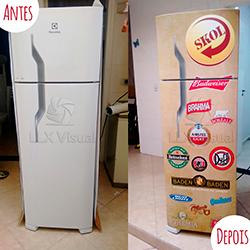 Envelopamento geladeira com marcas de cerveja - Antes e Depois
