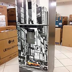 Envelopamento de geladeira com imagem de Nova York