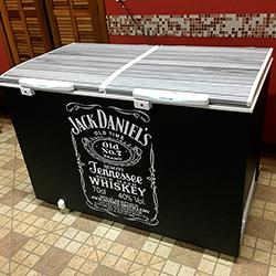 Envelopamento de Geladeira em Osasco com Impressão Jack Daniels