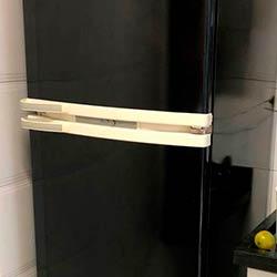 Envelopamento de geladeira com Preto Brilho - Santana - São Paulo