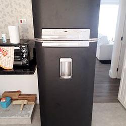 Envelopamento de geladeira com preto fosco - Adalgisa - Osasco