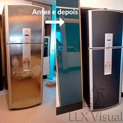 Envelopamento de geladeira preto fosco Sp - Antes e Depois