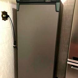 Envelopamento de geladeira com Satin Graphite - Vila Matilde - São Paulo